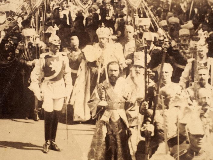 Фотография: Коронация Николая II. Шествие под балдахином вМосковском Кремле.14 (26) мая 1896.