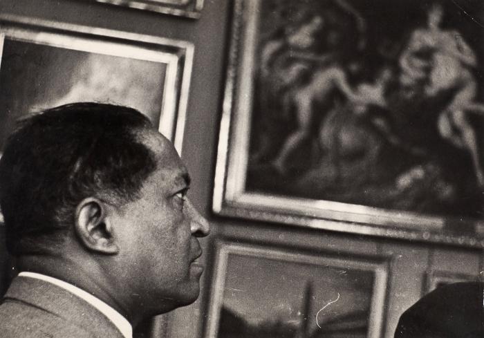 48фотографий сМосковского кинофестиваля. М., [1959-1970-е гг.].