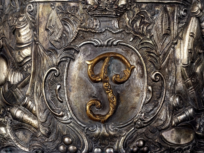 Офицерская гренадерка «Полка Герцогини» Голштинских войск Петра III. [Б.м., до1762г.].